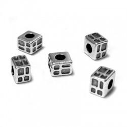 Entrepieza de Metal Zamak Cubo con Cuadros 3x3,7mm (Ø 1,7mm)