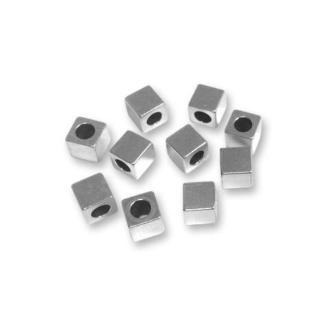 Cubo de Metal Latón 6x6x6mm (Ø 3.7mm)